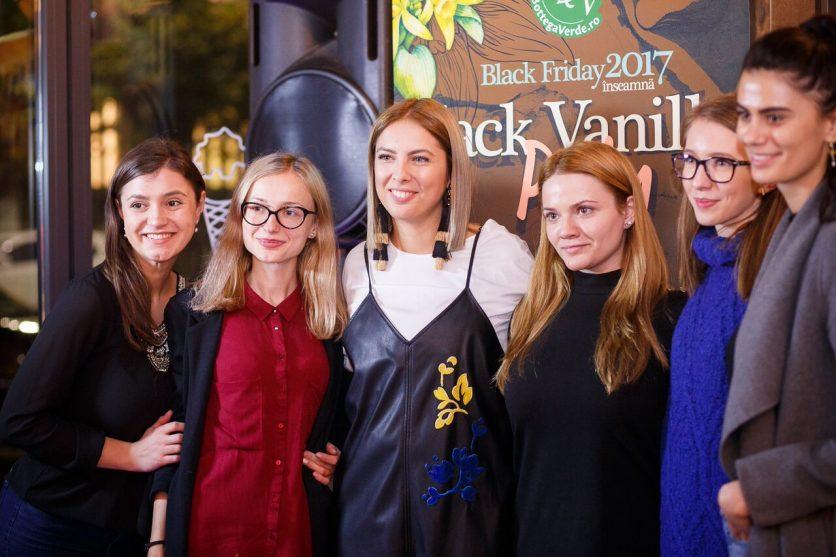 Black Vanilla Party by Bottega Verde Romania 6