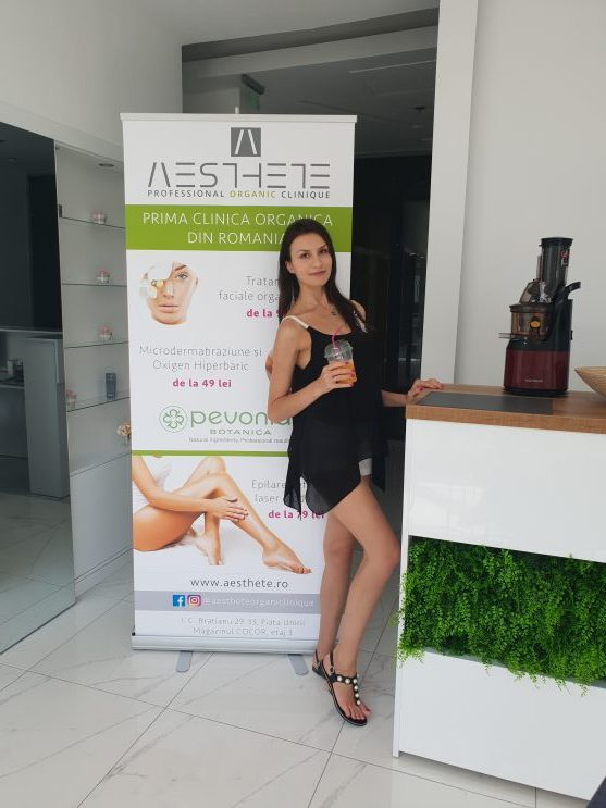 Beauty at its best la Aesthete Organic Clinique